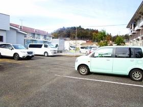 グリーンヒルズK駐車場