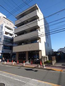 町田駅 徒歩3分