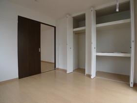 ナチュレインナガサワ�U 103号室