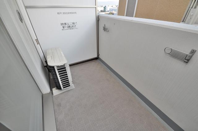 CASSIA高井田NorthCourt バルコニーは陽当たりが良く、洗濯物も気持ち良く乾きます。