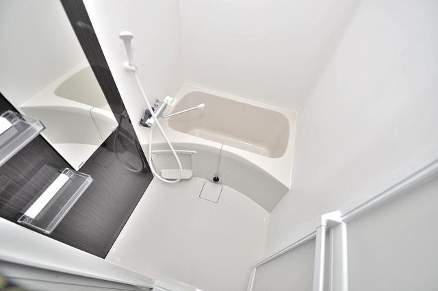 ノイヴェル巽北 ゆったりと入るなら、やっぱりトイレとは別々が嬉しいですよね。