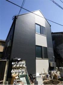 ファーストハウス北新宿外観