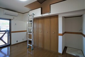 https://image.rentersnet.jp/e132a57a-d194-4bd3-b43a-09e7a53b9af4_property_picture_956_large.jpg_cap_居室