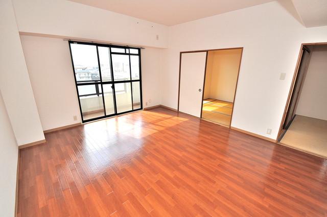 グランドール杉の木 明るいお部屋は風通しも良く、心地よい気分になります。