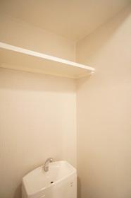 ヴィラ・オーキッド�U 302号室