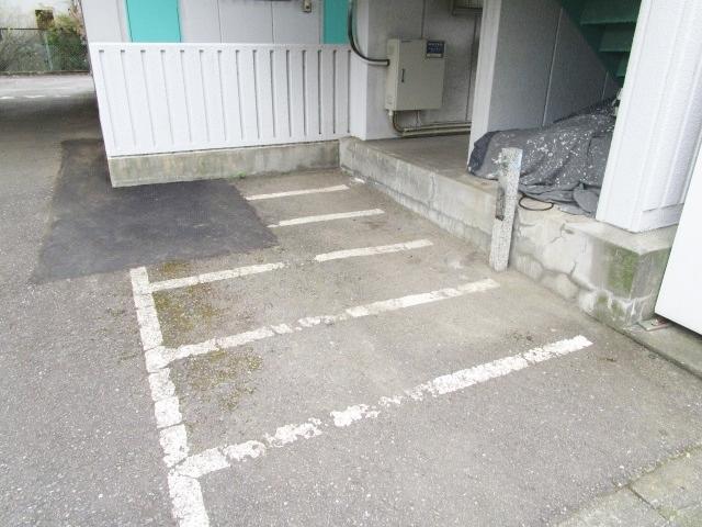 グリーンパレスIZUMI駐車場