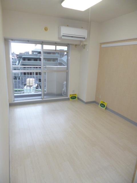東武練馬駅 徒歩5分居室
