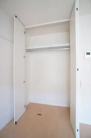 TSUKASA COURT 102号室