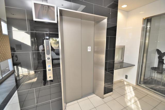 CASSIA高井田SouthCourt エレベーター付き。これで重たい荷物があっても安心ですね。