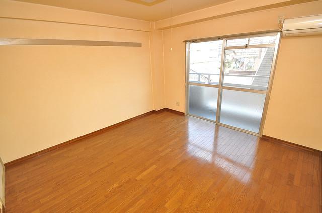 ヴィラアルタイル 明るいお部屋はゆったりとしていて、心地よい空間です