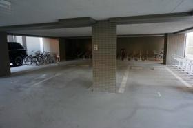 スカイコート板橋五番館駐車場