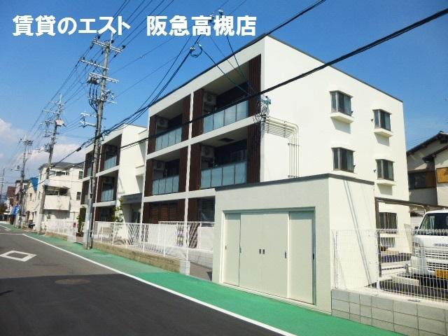 Eminence Court/鉄筋コン/3階建て