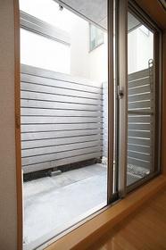 アレイ多摩川 104号室