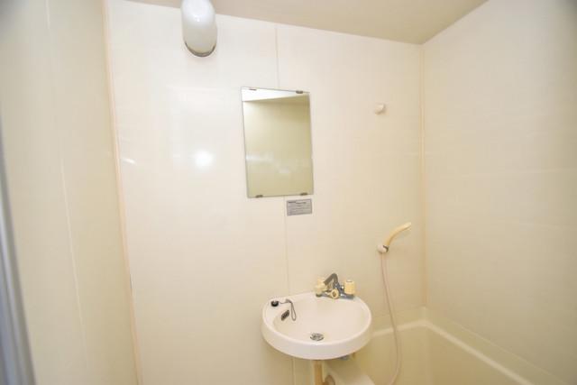 シェレ今里 小さいですが洗面台ありますよ