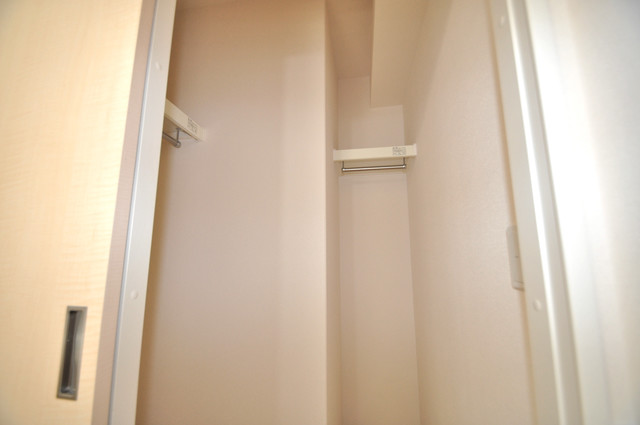 エイチ・ツーオー布施 人気のWICです。広々とお部屋が使えますね。
