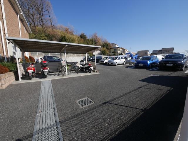 シモノハオスⅡ駐車場