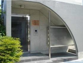 中野駅 徒歩10分エントランス