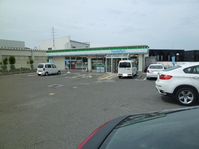 ファミリーマート泉北田園大橋店