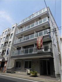 ビーカーサヨコハママイタの外観画像