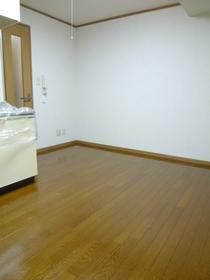 ブラウンコート 307号室