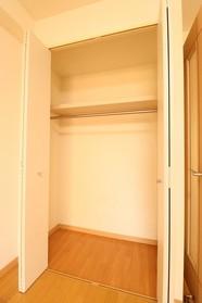 https://image.rentersnet.jp/e36f9f62-a618-4b24-b4d7-a5eecb97a936_property_picture_1992_large.jpg_cap_設備