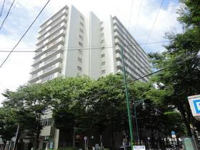 https://image.rentersnet.jp/e38de14516af1d8bf8dfc97c1b728671_property_picture_2418_large.jpg_cap_万代シティ内にあり!