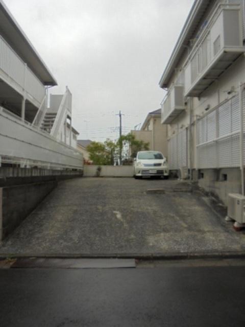 ユキハイツ駐車場
