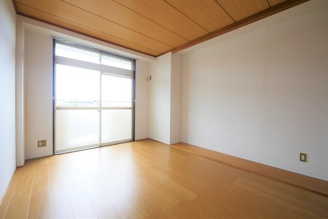 ロマニー高柳Ⅲ居室