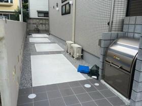 荻窪駅 徒歩7分エントランス