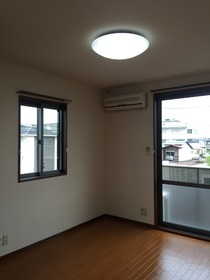 https://image.rentersnet.jp/e5d20e7f2c4423be2d2a8f8937a1d4d4_property_picture_1993_large.jpg_cap_居室