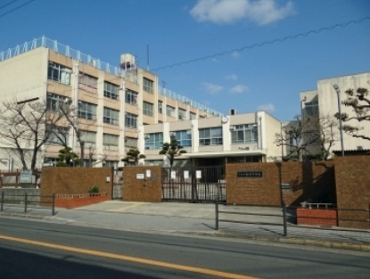 サンフロラ 大阪市立新巽中学校