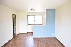 https://image.rentersnet.jp/e61796ca-79f0-409f-b4c5-7608ab5abeb5_property_picture_953_large.jpg_cap_居室