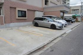 https://image.rentersnet.jp/e67571c9bf21732d15247dca4701ac40_property_picture_960_large.jpg_cap_駐車場
