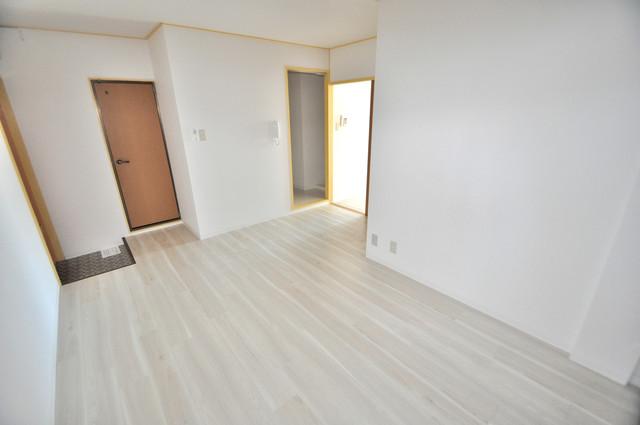 メダリアン巽 明るいお部屋はゆったりとしていて、心地よい空間です