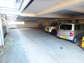 メゾンうちで相模原駐車場
