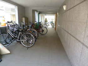 スカイコート市ヶ谷第5駐車場