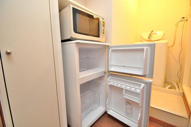 レオパレスフセアジロミナミ 冷蔵庫がついていて家電代が浮きましたね。