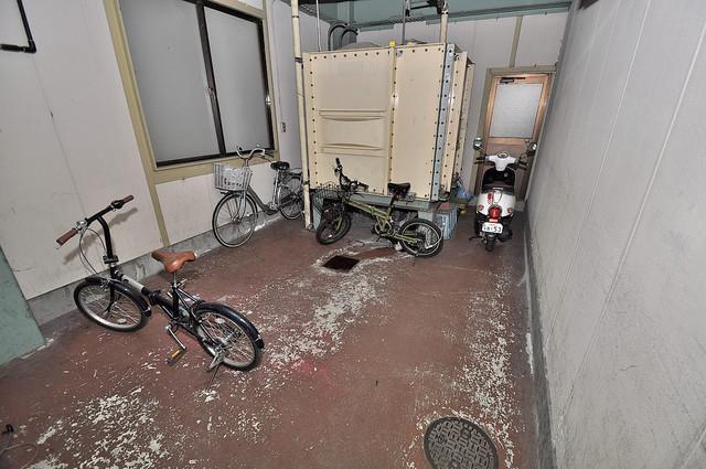 サンフロラ 敷地内には専用の駐輪スペースもあります。