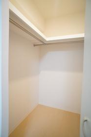 VENESOCIA 403号室