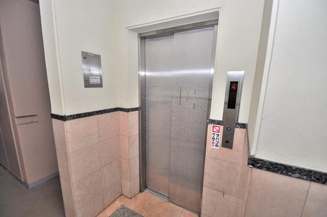 プリムヴェール 嬉しい事にエレベーターがあります。重い荷物を持っていても安心