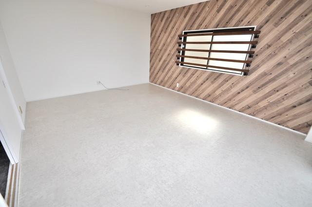 第2シャトー新町 朝には心地よい光が差し込む、このお部屋でお休みください。