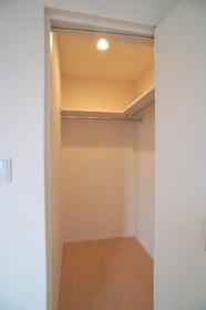 グレース大森弐番館 203号室