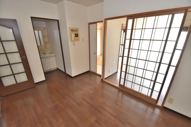 湊川マンション 解放感がある素敵なお部屋です。