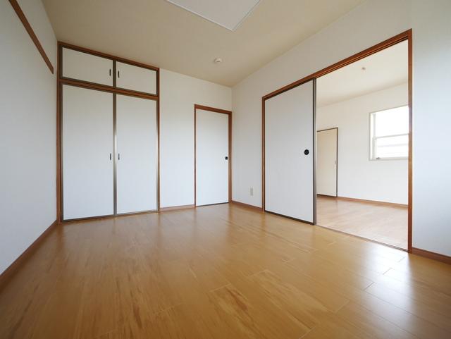 シャンピア長坂居室