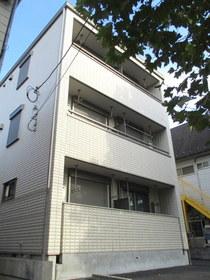 アジュール横濱の外観画像