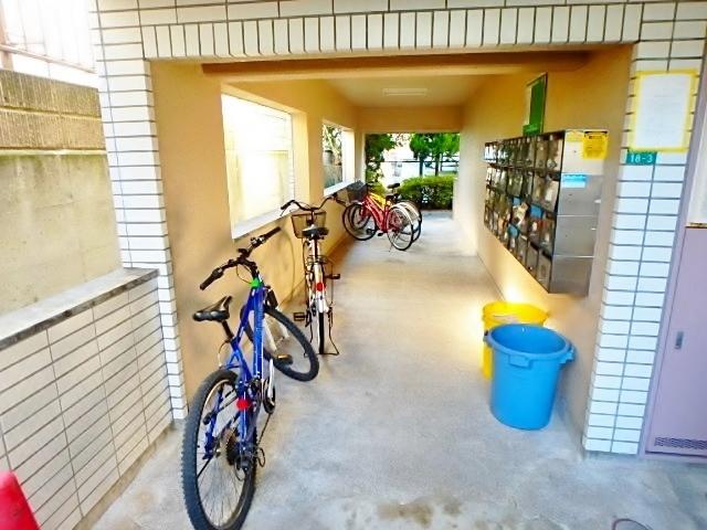 ベルトピア京王永山駐車場