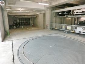 イプセ学芸大学駐車場