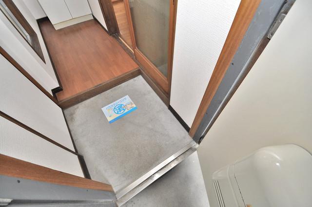 冨永コーポ 素敵な玄関は毎朝あなたを元気に送りだしてくれますよ。