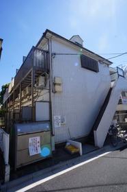 八幡山駅徒歩11分☆3駅利用可能な立地☆