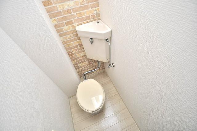 金沢ビル 清潔感のある爽やかなトイレ。誰もがリラックスできる空間です。